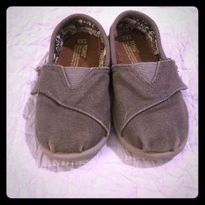 Toms for your tot!